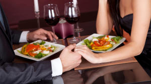 Are-You-Doing-TOO-Much-Dating_-Or-Not-Enough_-featured